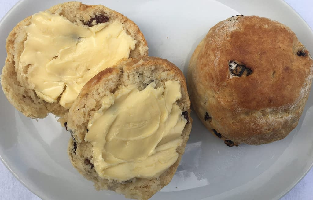 fruit scone with butter and one fruit scone no butter